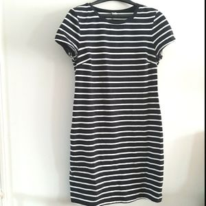 OLD NAVY black and white striped t-shirt dress M